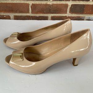 ❤️ Naturalizer nude peep toe low heel shoes